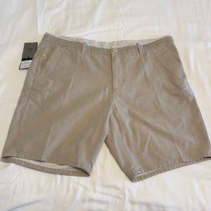 NWT - Massimo Dutti Men's Beige Shorts -Sz 38